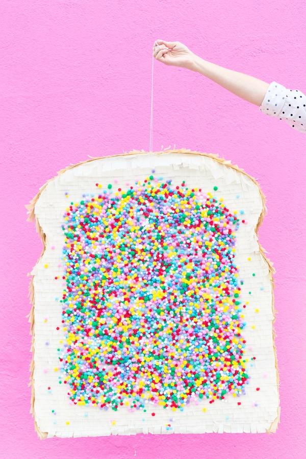 DIY Fairy Bread Piñata | studiodiy.com