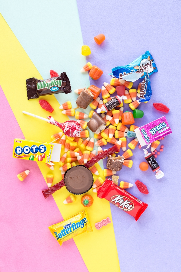 The Ultimate Guide to Halloween Candy | studiodiy.com