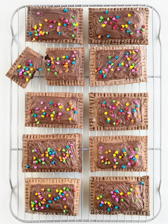Throwback! | Cosmic Brownie Pop Tarts
