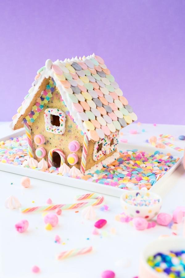 "Funfetti ""Gingerbread"" House | studiodiy.com"