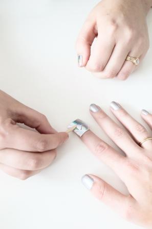 DIY Holographic Manicure | studiodiy.com