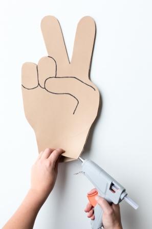 DIY Emoji Foam Fingers | studiodiy.com