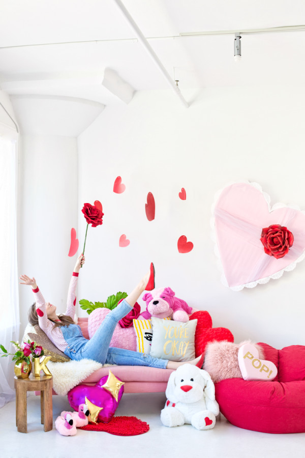 Galentine's Day Slumber Party | studiodiy.com