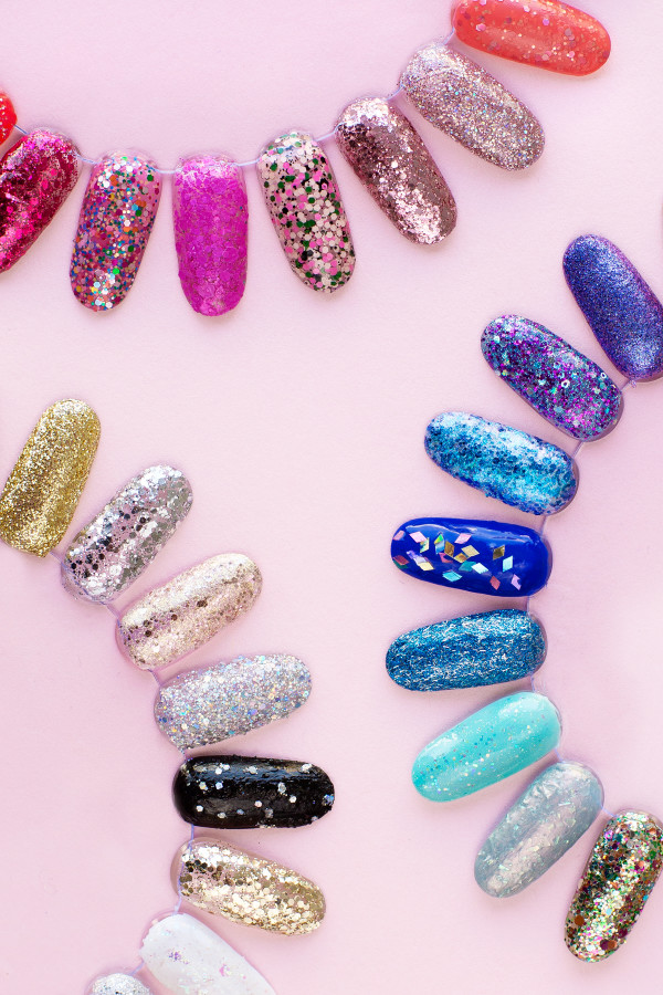 How To Remove Glitter Nail Polish (+ Our 30 Favorite Glitter ...