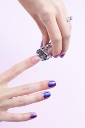 How to Remove Glitter Nail Polish | studiodiy.com