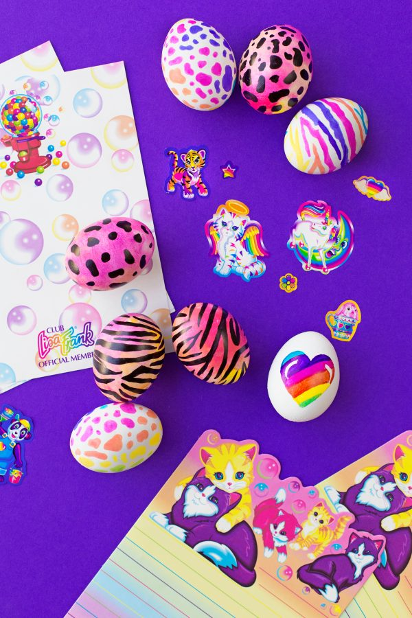 DIY Lisa Frank Easter Eggs | studiodiy.com