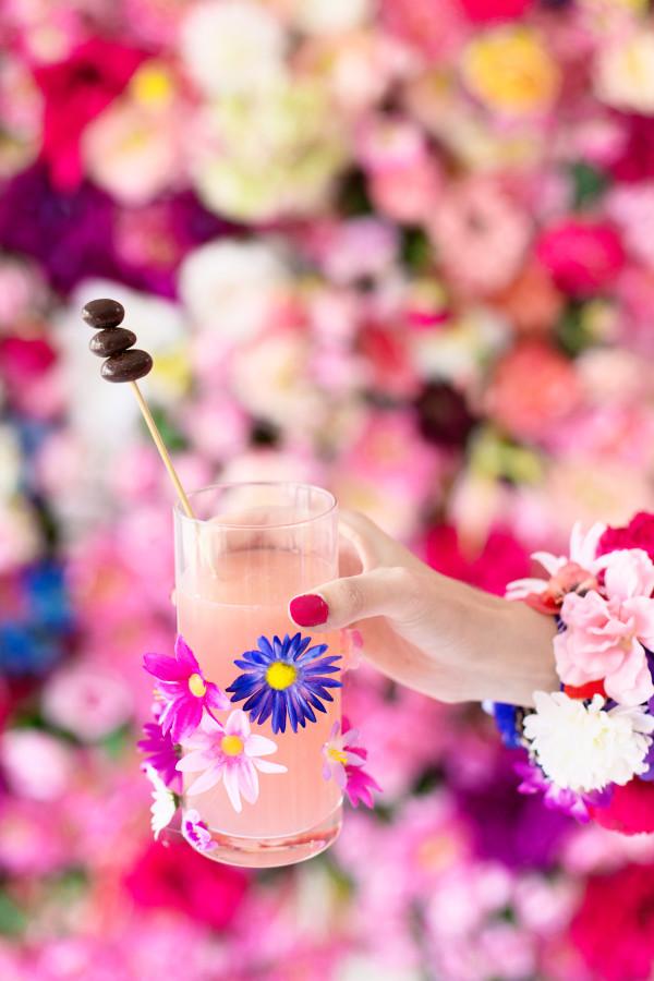 DIY Flower Glassware | studiodiy.com