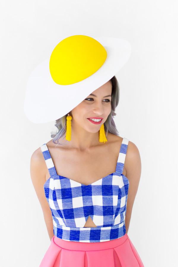 DIY Egg Hat | studiodiy.com