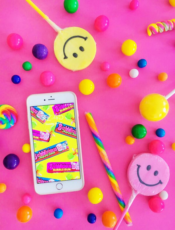 Throwback Candy Backgrounds | studiodiy.com