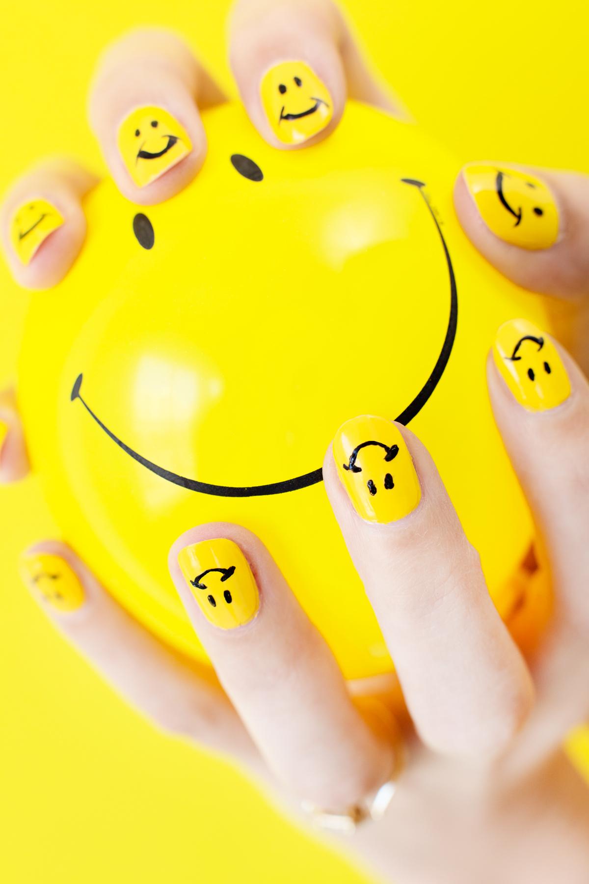 Diy Smiley Face Mani Studio Diy