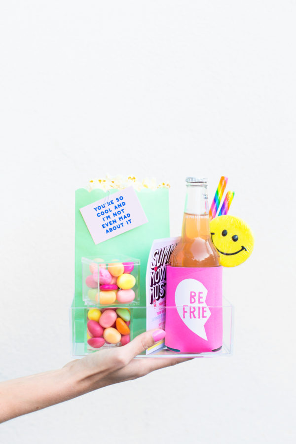 DIY Backyard Movie Night Snack Kit | studiodiy.com
