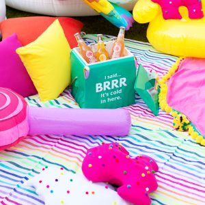 How To Throw A Colorful Backyard Movie Night!
