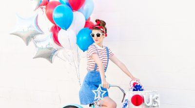 Fourth of July Balloon Bikes | studiodiy.com