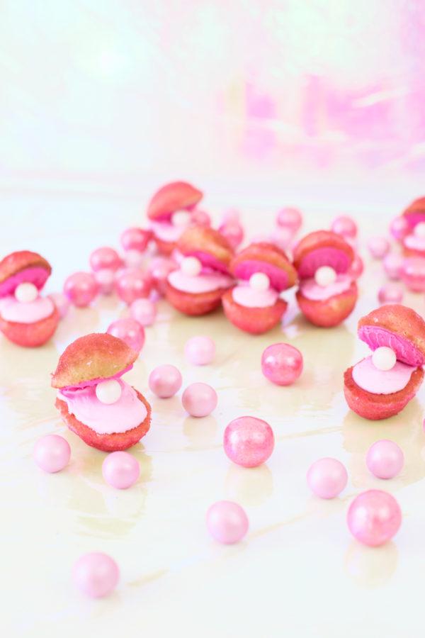 Pink Shell Madeleines | studiodiy.com