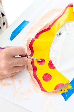 DIY Pizza Collar | studiodiy.com