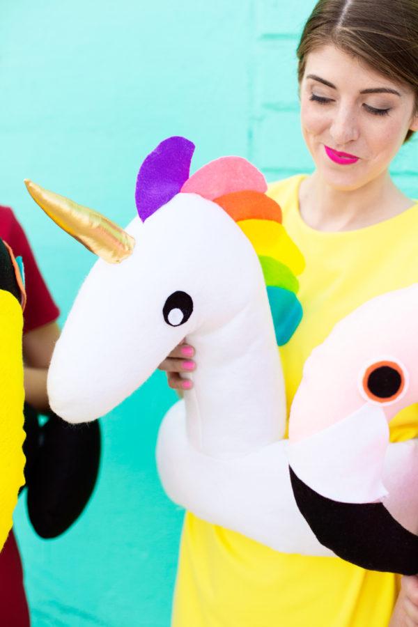 DIY Pool Float Costume | studiodiy.com