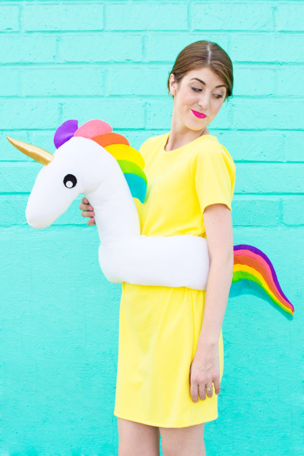 DIY Pool Float Costume | studiodiy.com