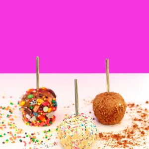 Three Crazy Caramel Apples To Try