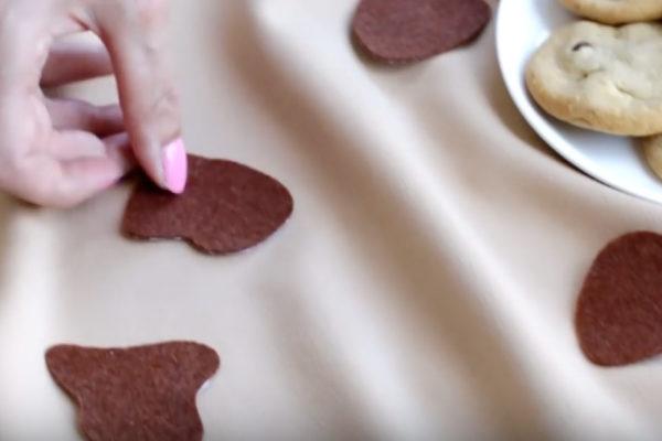 DIY Cookies + Milk Couples Costume