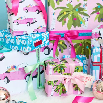 Free Printable Tropical Holiday Gift Wrap (+ Two Ways to Decorate It!)