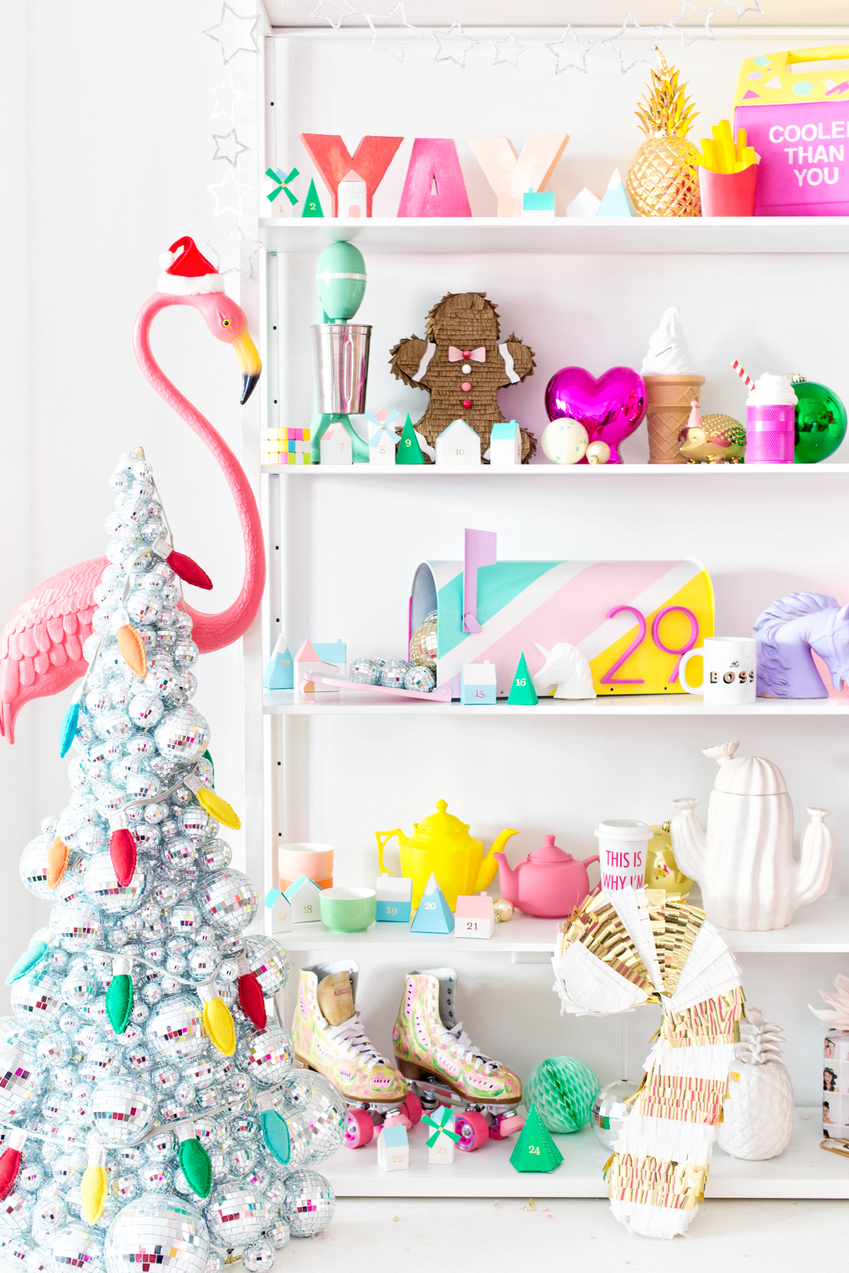 How We\'re Decorating The Studio For Christmas! - Studio DIY