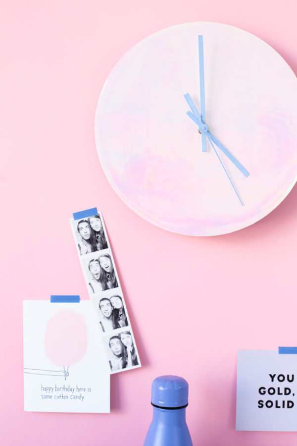 DIY Holographic Wall Clock