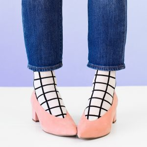 Socks In Shoes: 7 Ways To Nail The Look!
