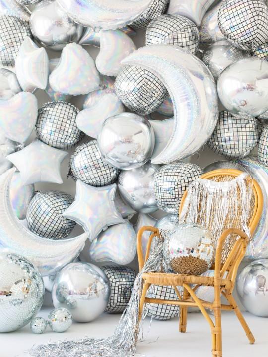 DIY Holographic Balloon Backdrop