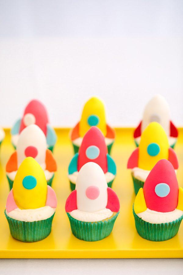 How To Make Rocket Ship Cupcakes