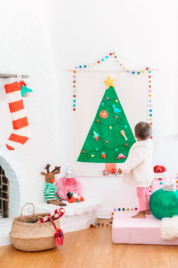 DIY Felt Christmas Tree Wall Hanging