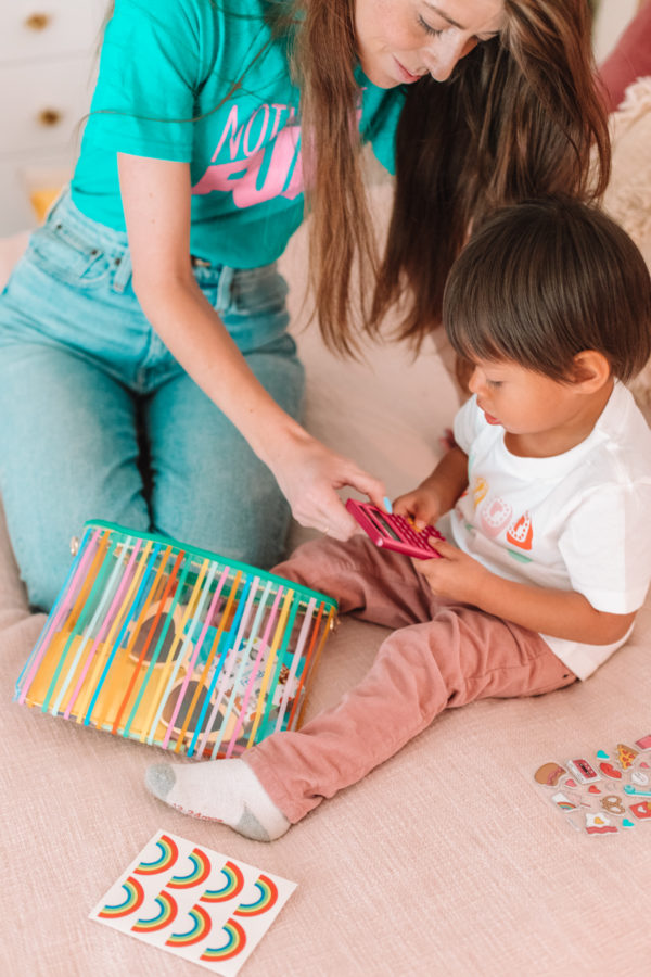 How To Keep A Toddler Busy - Busy Clutch