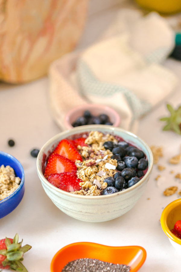 The Best Berry Smoothie Bowl Recipe