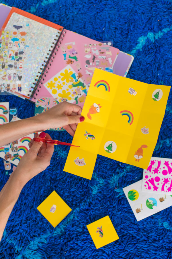 Free Toddler Activities: DIY Matching Game