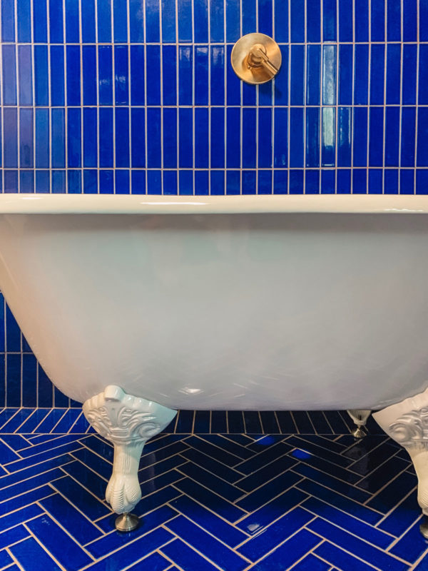 Clawfoot Tub in a Blue Bathroom