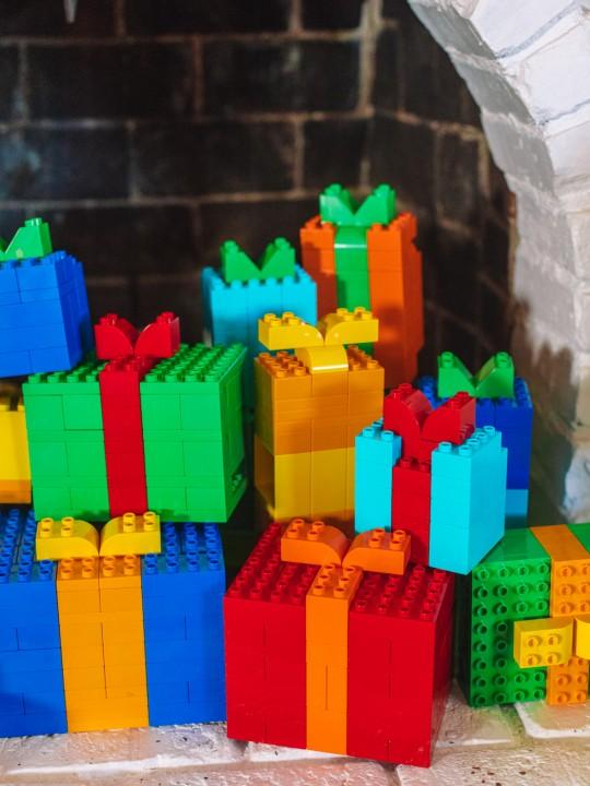 How To Make LEGO Christmas Presents