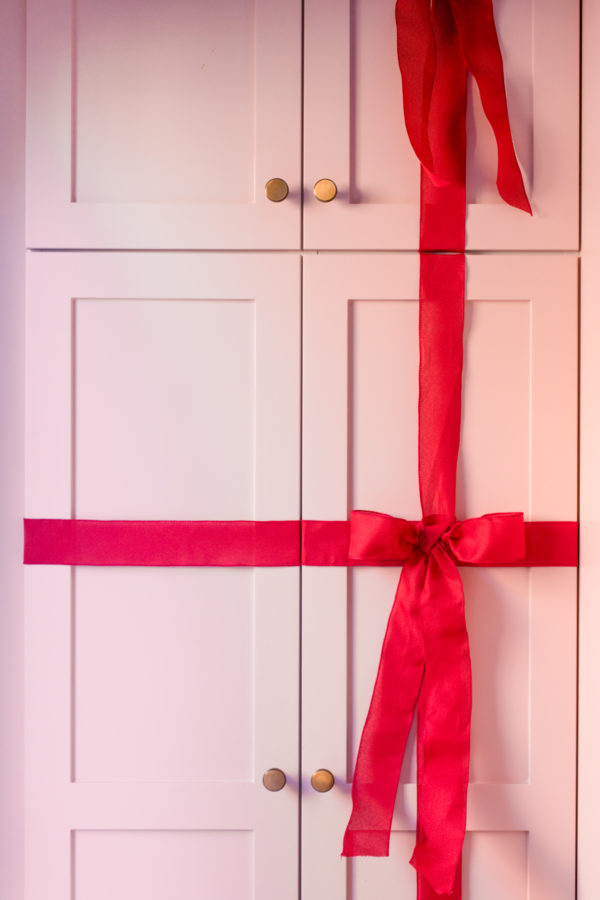 How To Wrap Kitchen Cabinets like Christmas Presents