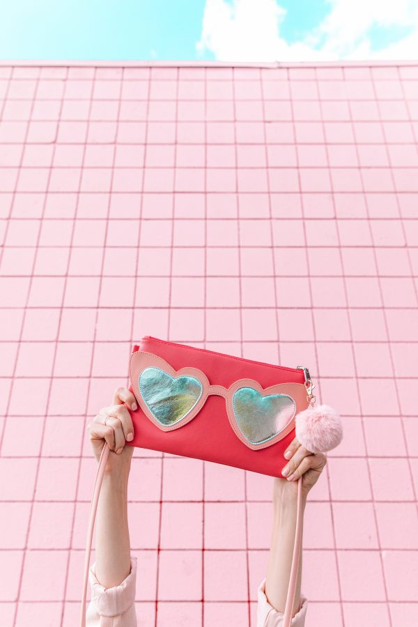 Heart Sunnies Clutch
