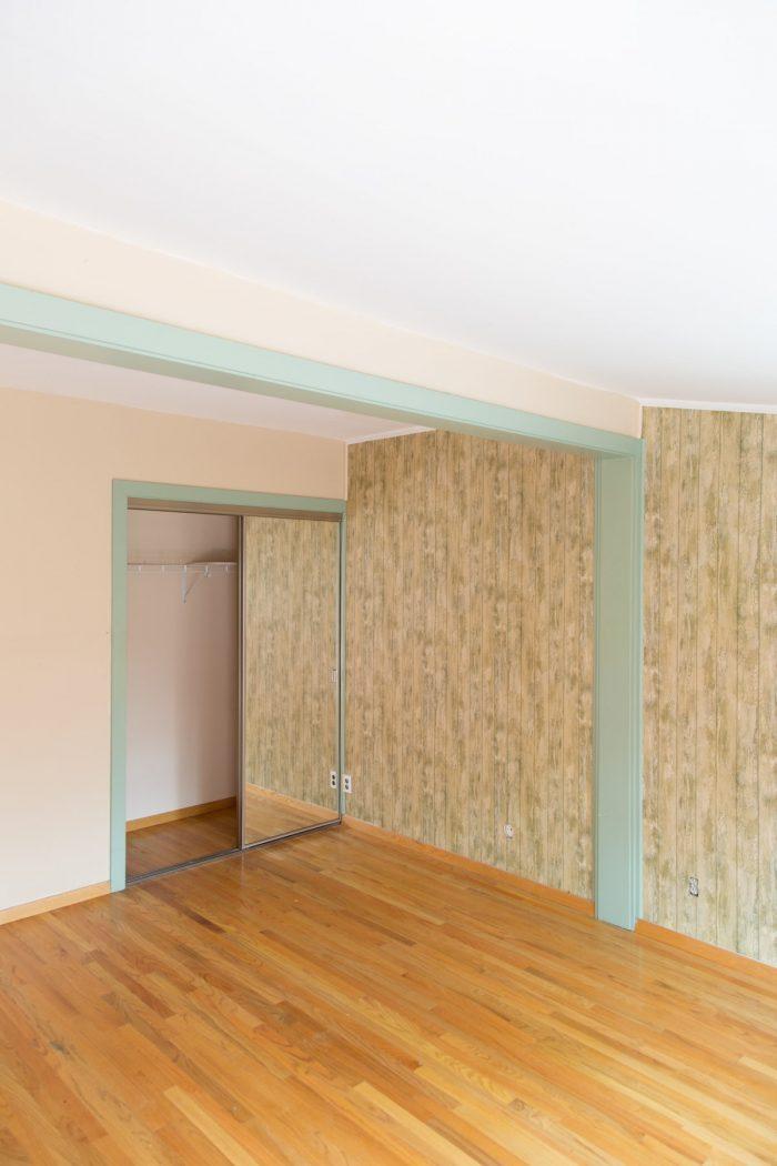 Mirrored Closet Doors to Bifold Closet Doors