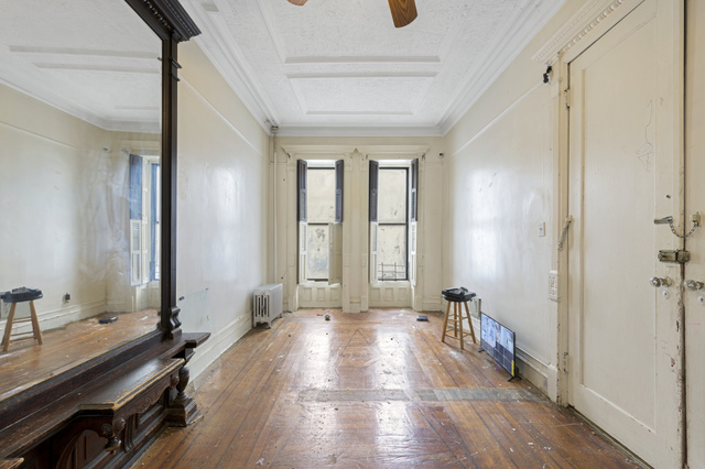 1899 Victorian Brownstone in Brooklyn NY