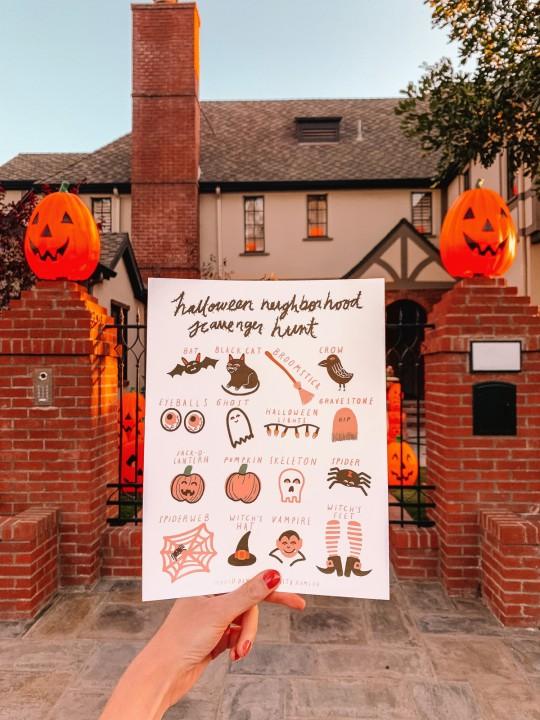 Neighborhood Halloween Scavenger Hunt FREE Printable