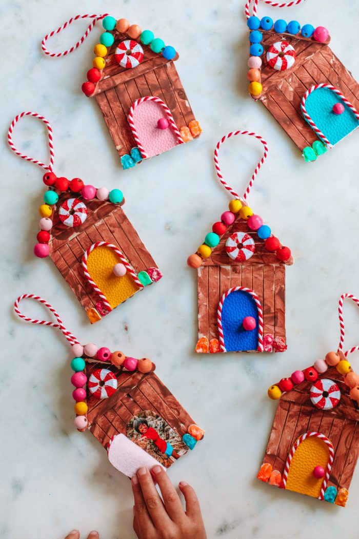 DIY Popsicle Stick Gingerbread House (With a Hidden Photo!)