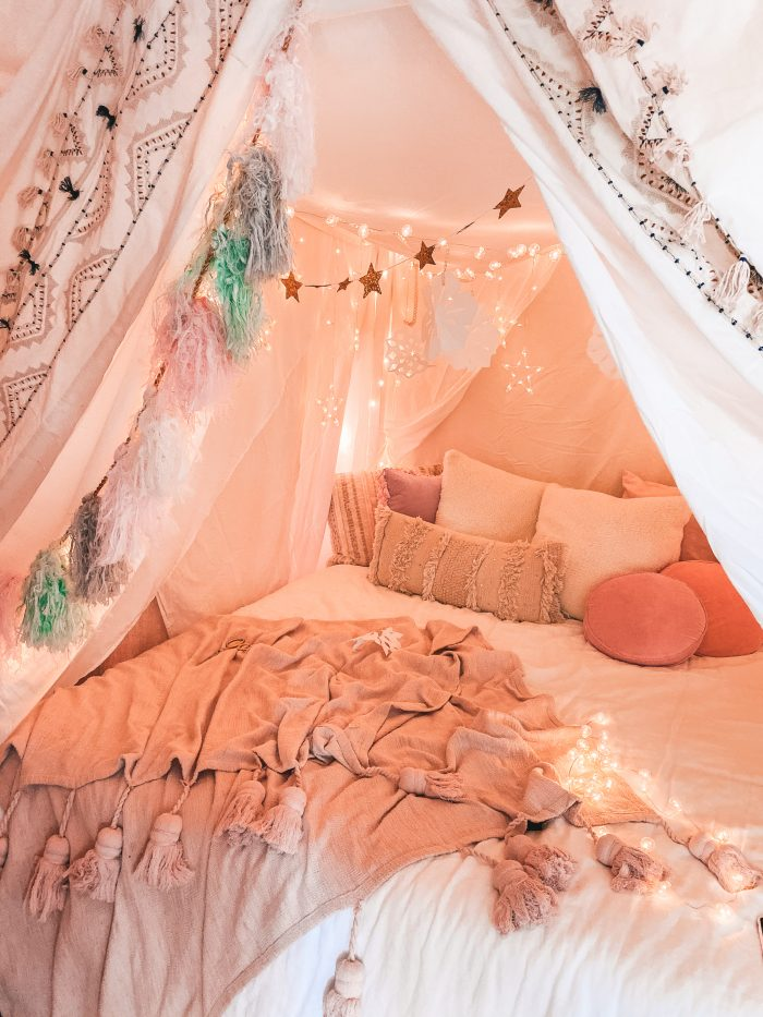 How To Make a Magical Tent (Like the one from The Holiday!)