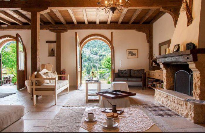 Three Bedroom Villa in Greece