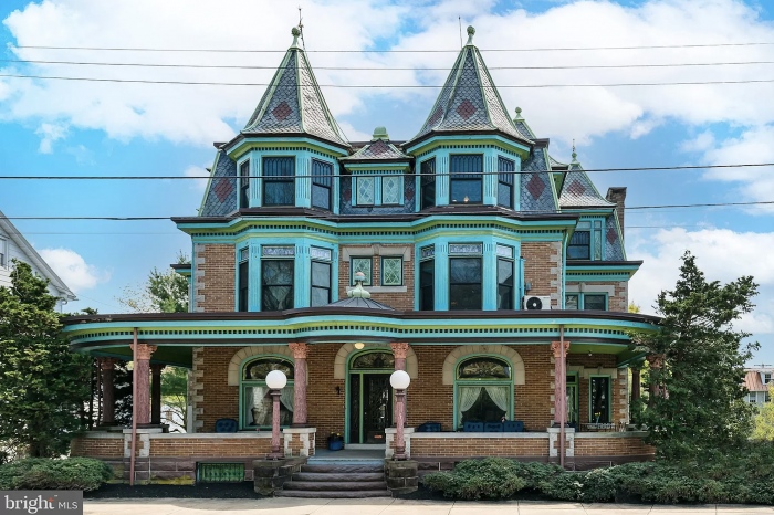 Victorian Home in Reinholds Pennsylvania
