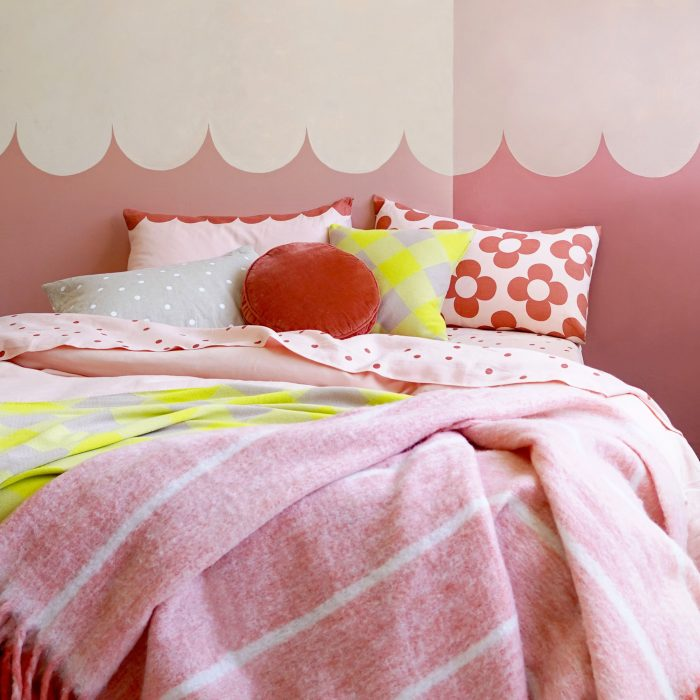 Castle and Things Pink and Neon Bedding