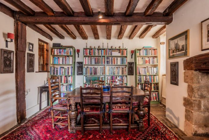 15th Century Freehold Townhouse Dining Room