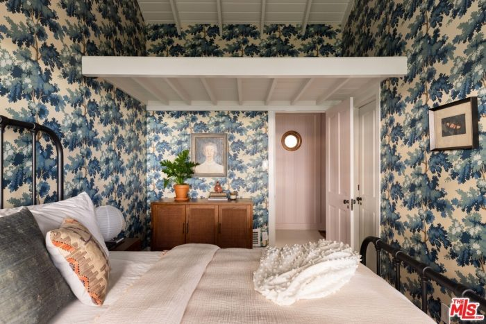 1940s Treehouse in Los Angeles Wallpapered Bedroom