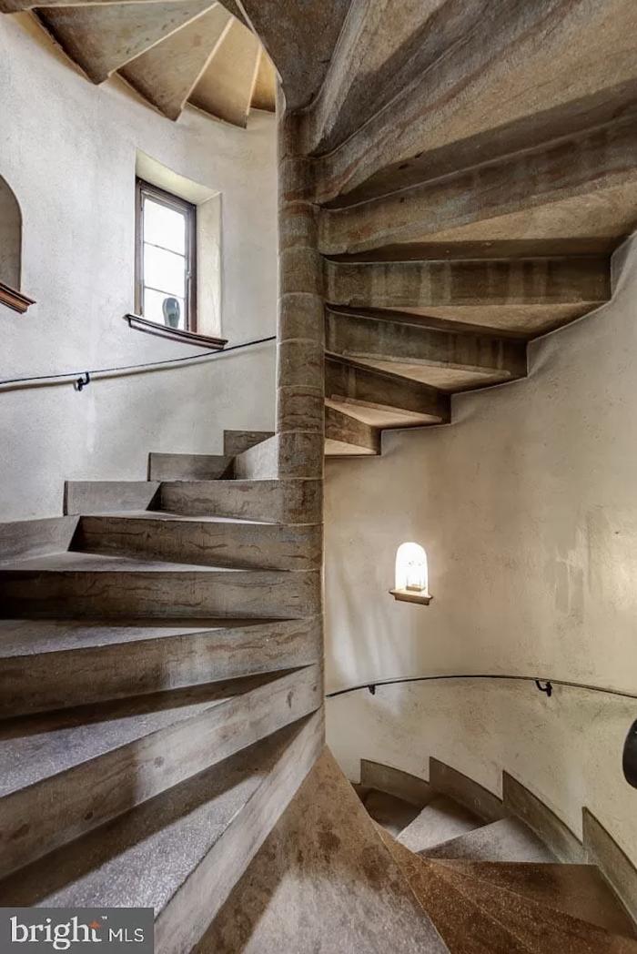 Pennsylvania Castle Spiral Staircase
