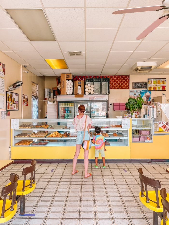 The Jelly Donut donut shop in Yucca Valley