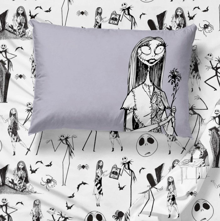 Nightmare before christmas sheets with gray Sally pillow